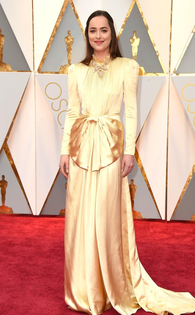 Dakota Johnson escolheu um vestido da  Gucci. Foto: divulgação
