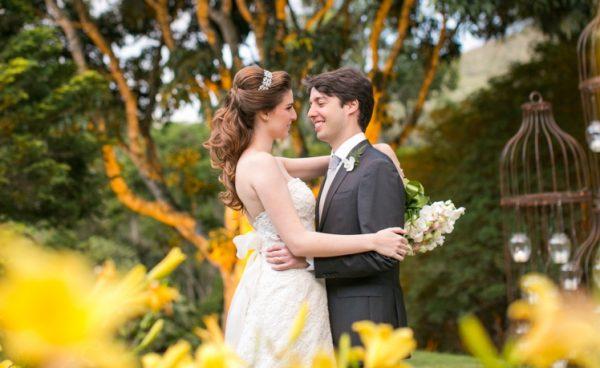 Casamento de Bia e Bruno na serra - foto Rodrigo Sack abre