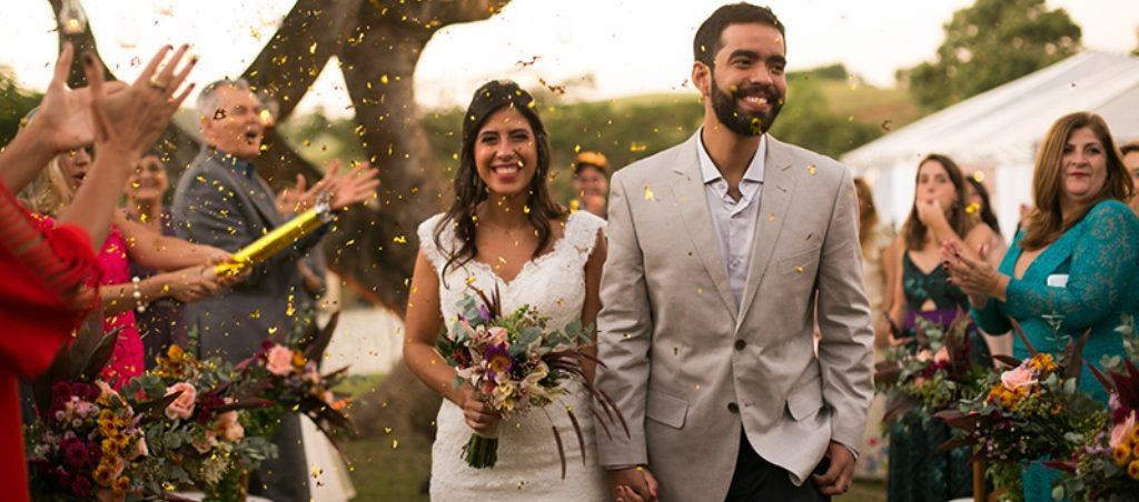 Casamento de Gabi e Felipe ao ar livre - foto Matri Fotografia abre