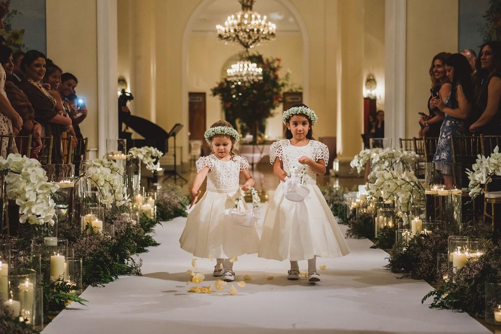 As flower girls de Marcela e Alex. Foto: Juliana Pessoa Fotografia