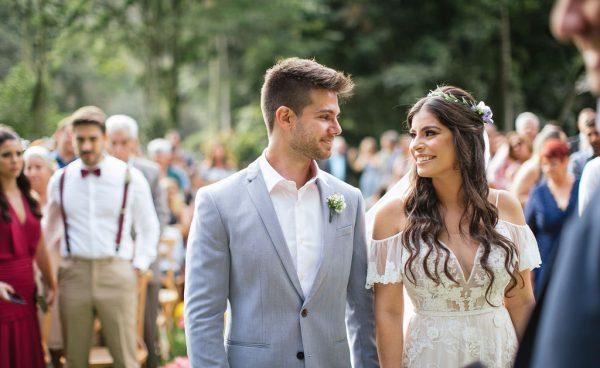 Casamento rústico, descolado e com muita cor